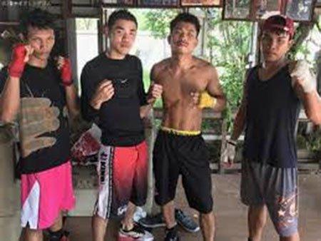 โซ ซุ่มเก็บตัวฝึกซ้อมที่ประเทศไทยโดยมีแก๊ปลงนวมซ้อมคู่ให้